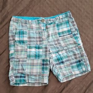 Beautiful summer Bermudas of Ann Taylor Loft